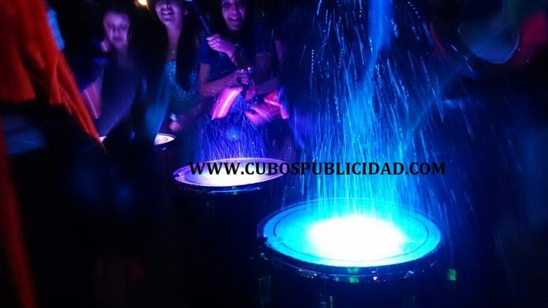 Espectaculos para fiestas performances para eventos y for Tambores para agua